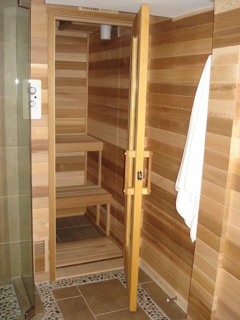 Rustic Lake House - Lake Level Bath Sauna
