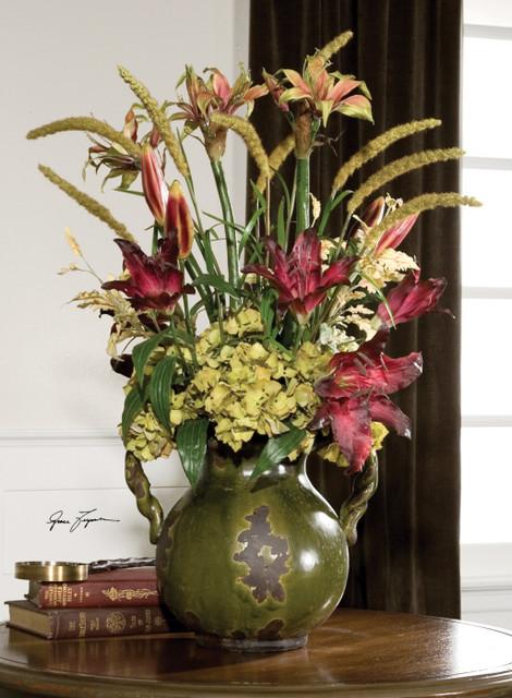 Daylilies In Tuscan Urn mediterranean-plants