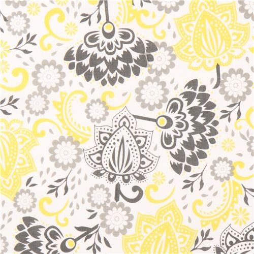 white Riley Blake flower fabric from the USA yellow-grey - Fabric