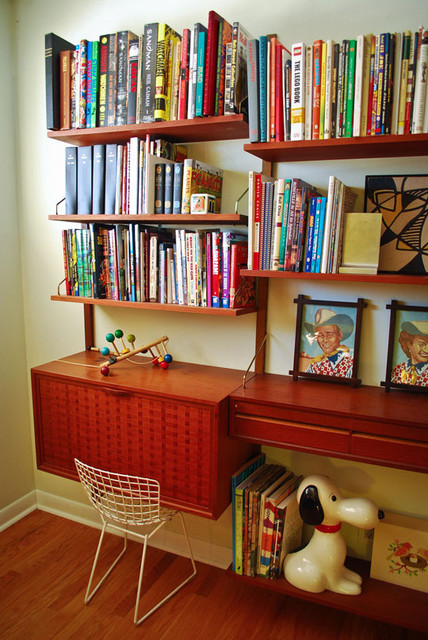 kids library traditional-family-room