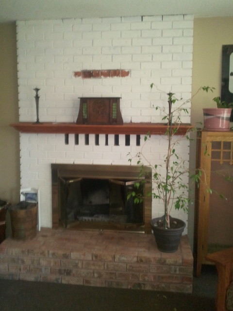 Indoor Fireplace Remodel (C) traditional-living-room
