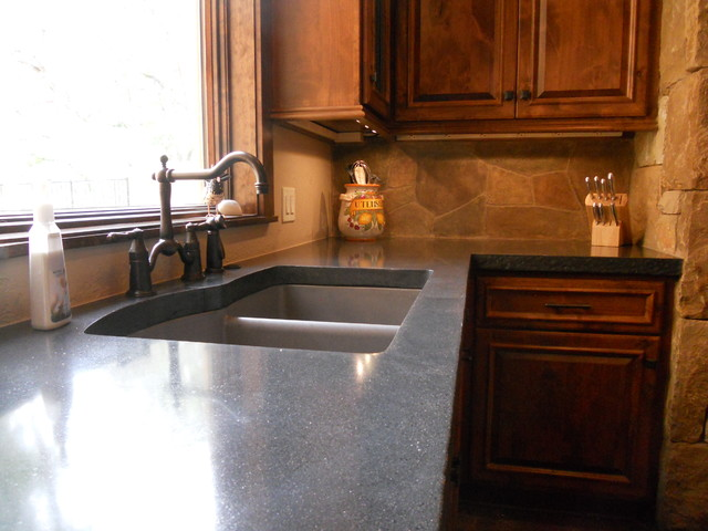 Kennedy traditional-kitchen