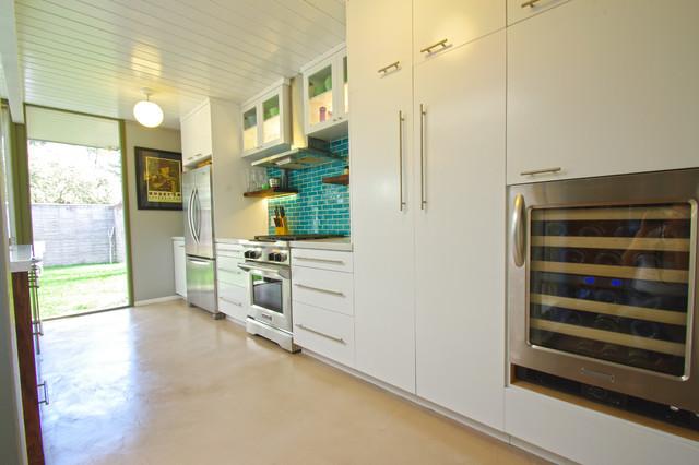 Eichler Kitchen modern-kitchen
