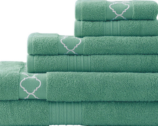 Quatrefoil Embroidered/ Solid Zero-twist Egyptian Cotton 6-piece Towel Set Jade - Soft and absorbent, these terrific towels will add comfort as well as style to your bathroom decor. Crafted with an embroidered quatrefoil design, this six-piece set is crafted with pure, zero-twist Egyptian cotton.