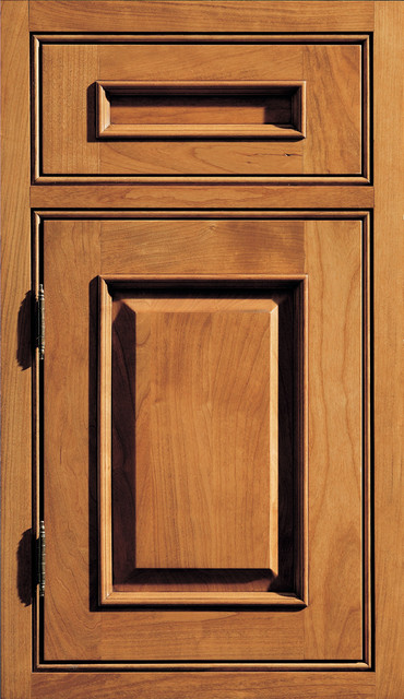Dura Supreme Cabinetry Chapel Hill Classic Cabinet Door Style - Traditional - Kitchen Cabinetry ...