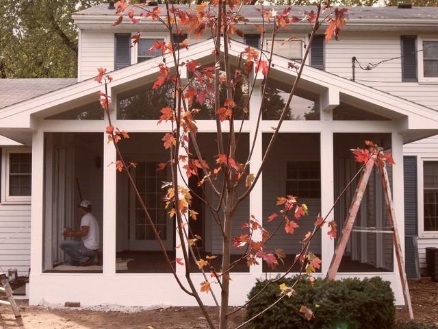 Briar Lanai traditional-porch