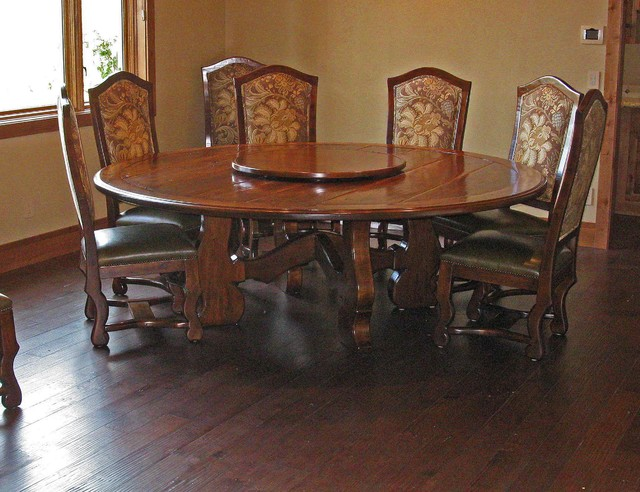 Beeler Dining Table Amp Chairs Traditional Dining Tables