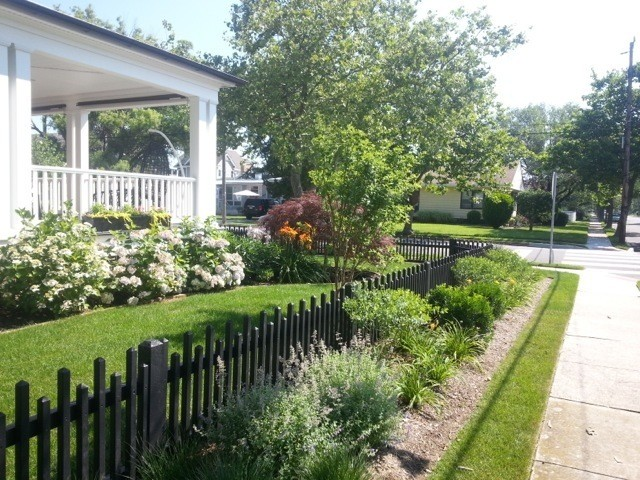 Picket Fence Beach Style Home Fencing And Gates Dc