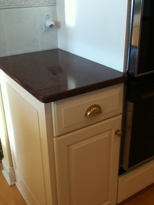 What paint colors for walls go with imperial red granite for What color countertops with white cabinets