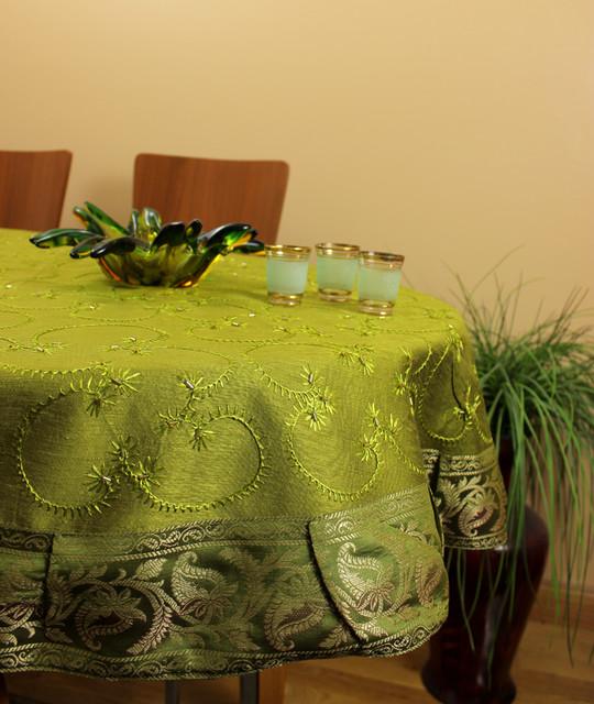 Unique & DecorativeTablecloths contemporary-tablecloths