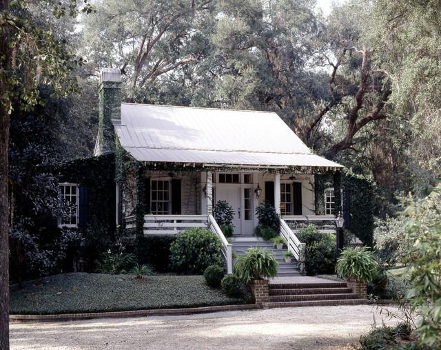 Caretaker's Cottage on Plantation-Style Southern Estate traditional