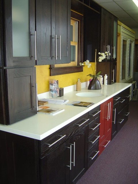 Showroom displays - Contemporary - Kitchen Cabinetry - detroit - by Fingerle Lumber