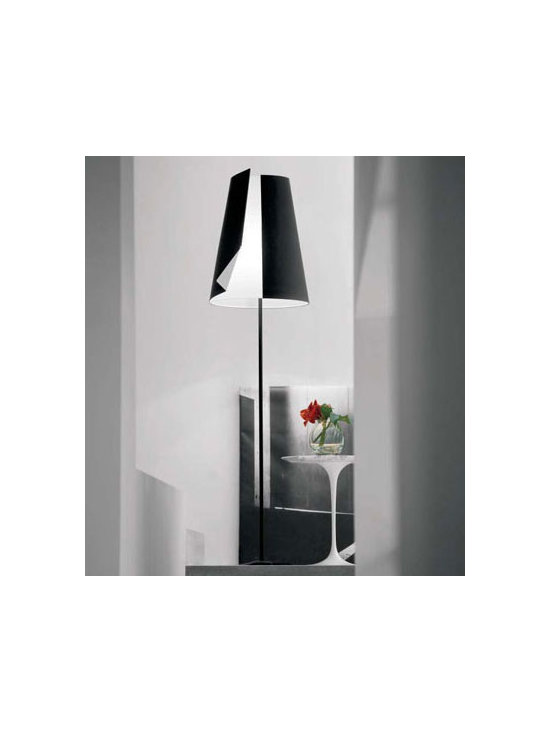 GUARDIAN OF LIGHT FLOOR LAMP BY PALLUCCO LIGHTING - Guardian of Light by Pallucco is a large classic floor lamp with an innovative diffuser design.