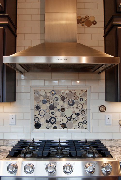 Did You Tile Under The Range Hood Or Around It