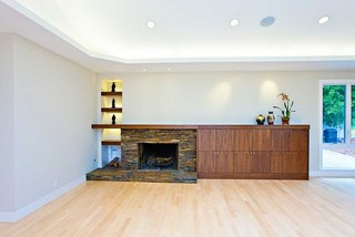 Family Room Fireplace With Vaulted Ceiling And Deep Niches
