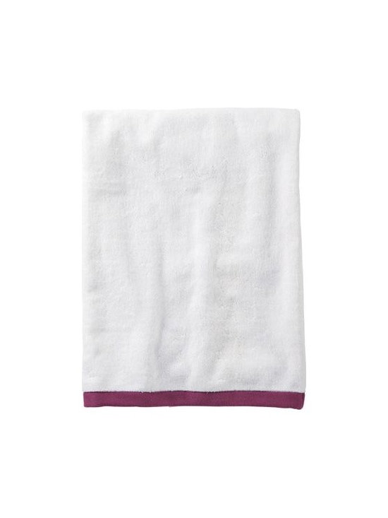 Serena & Lily - Berry Border Frame Bath Towel - Woven in Portugal from supremely soft cotton, these towels are lofty, absorbent, quick to dry, and won &apos t fade, fray or wear out. We love how the substantial stripe pops against the pure white cotton terry. (The washcloth was kept simple a perfect square of all white.)