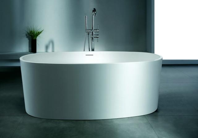 Oliveri luxury modern bathtub 61 modern bathtubs for Designer tubs