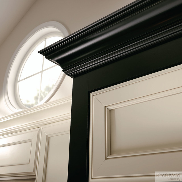 KraftMaid: Large Cove Molding - Transitional - Kitchen Cabinetry - detroit - by KraftMaid