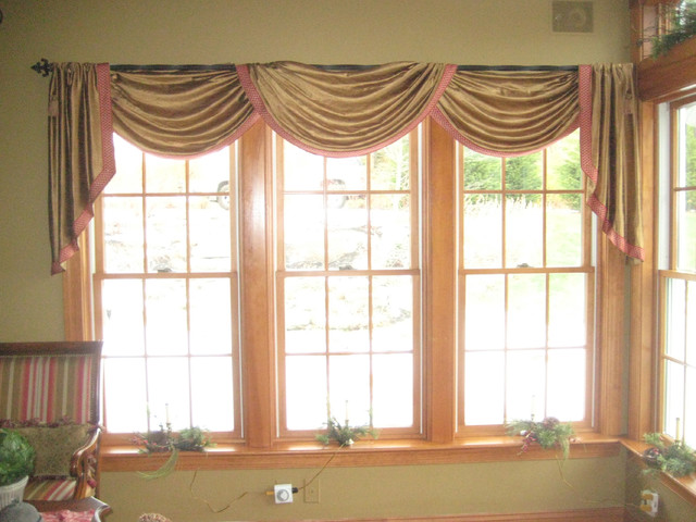 Pole swag valance with cascades and key tassles for Garage ad valence