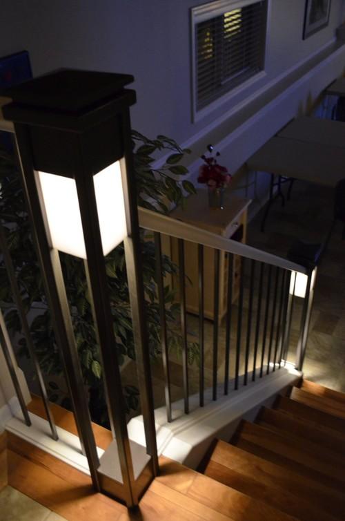 luces en las escaleras de la casa