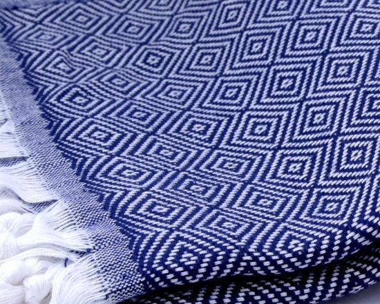 Diamond Pattern Cotton Towel Pestemal / White on Dark Blue -