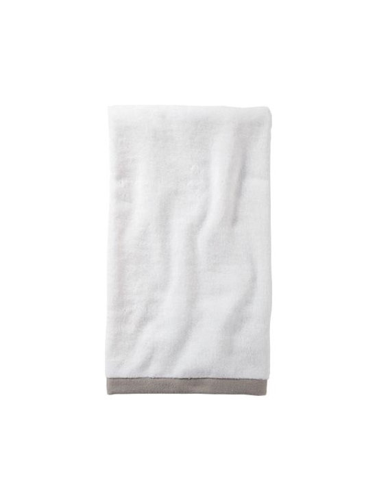 Serena & Lily - Bark Border Frame Hand Towel - Woven in Portugal from supremely soft cotton, these towels are lofty, absorbent, quick to dry, and won &apos t fade, fray or wear out. We love how the substantial stripe pops against the pure white cotton terry. (The washcloth was kept simple&#151a perfect square of all white.)