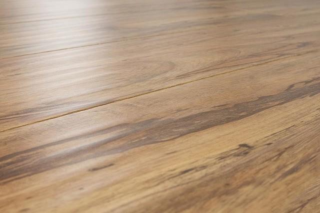 Lamton laminate 12 mm beveled edge handscraped for Beveled laminate flooring