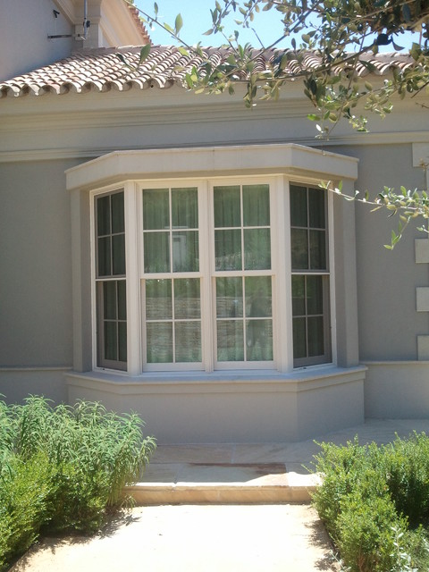 Marvin ulitmate double hung bay window mediterranean for Marvin window shades cost