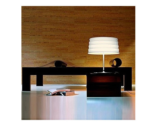 C'HI TABLE LAMP BY PENTA LIGHT - The C'hi table lamp from Penta is a great table luminaire