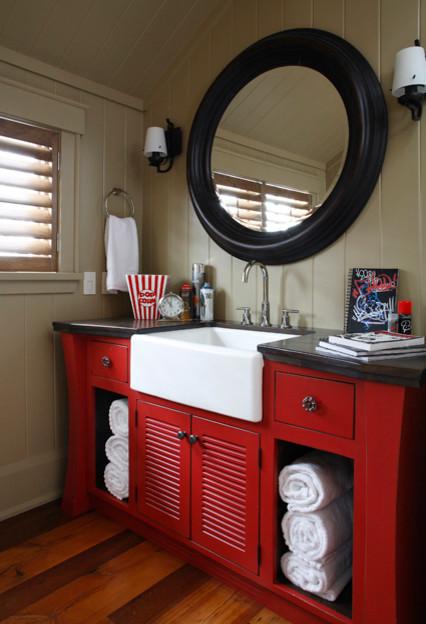 Cottage in Muskoka traditional-bathroom-vanities-and-sink-consoles