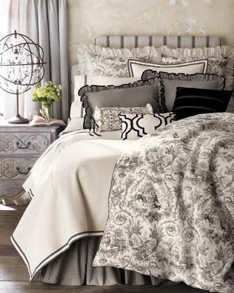 Traditional Duvet Covers traditional-duvet-covers