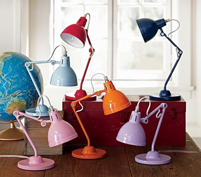 Solid Task Lighting contemporary-desk-lamps