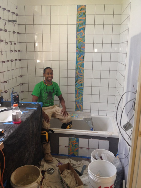 bathroom with hand painted tiles - Installation of fish tiles in 2nd bathroom