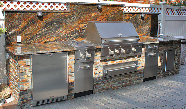 Viking outdoor kitchen traditional outdoor grills for Viking outdoor