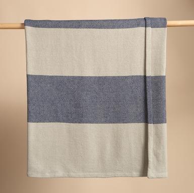 Megastripe Blanket throws