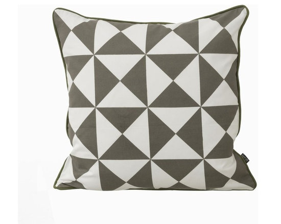 Ferm LIving Organic Grey Large Geometry - Ferm LIving Organic Grey Large Geometry