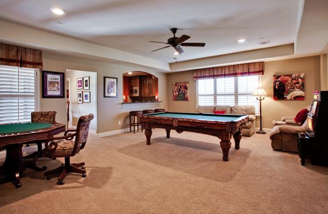 Fun Gameroom traditional-family-room