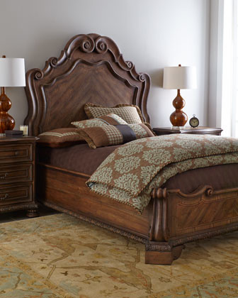Trinity Bed traditional-beds