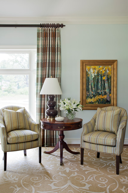Southern Traditional traditional-living-room