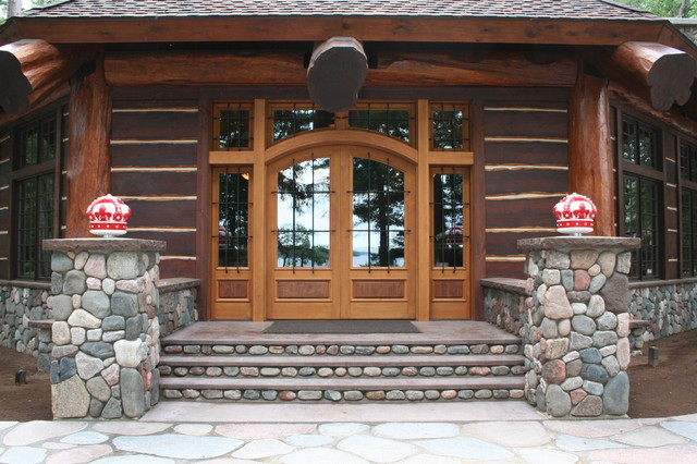 Grand Entrance Door Traditional Front Doors