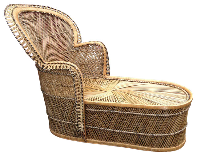 Vintage bohemian wicker fan back chaise lounge tropical for Antique wicker chaise lounge