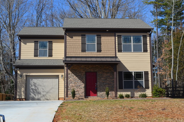 Homes for sale in charlotte nc for Craftsman home builders charlotte nc