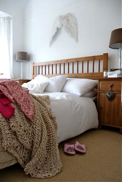v eclectic-bedroom