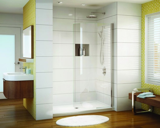 "Fleurco Banyo Sienna Curved Shield 34"" x 75"" Frameless In-Line Shower Shield EST - In-Line shower or tub configurations"