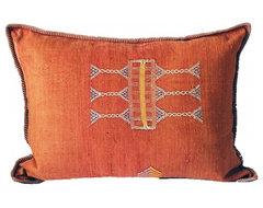 Kilim Pillow eclectic-decorative-pillows