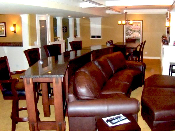 Mancave contemporary basement