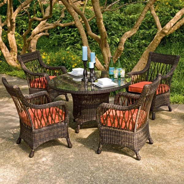Wicker outdoor dining table and chair set for Patio furniture table set