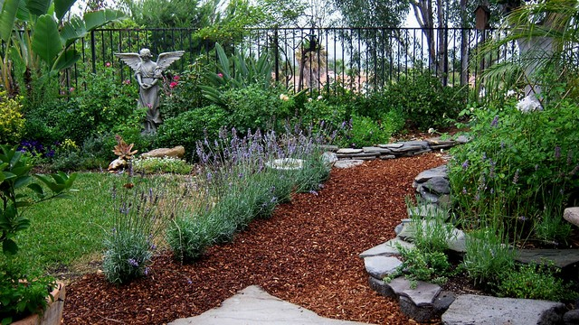 mulch path backyard anne kunzig landscape architects landscape designers - Mulch Designs