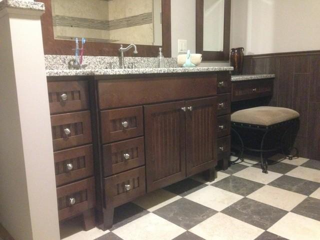 Master bath bertch centennial for Bertch kitchen cabinets review