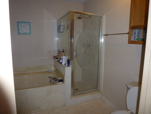 I want to remodel my bathroom it 39 s 7 39 8 x 8 39 5 ideas for 8x6 bathroom ideas